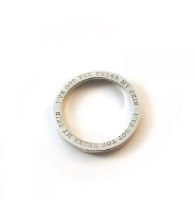 Anillo personalizado de plata con grabado Byside