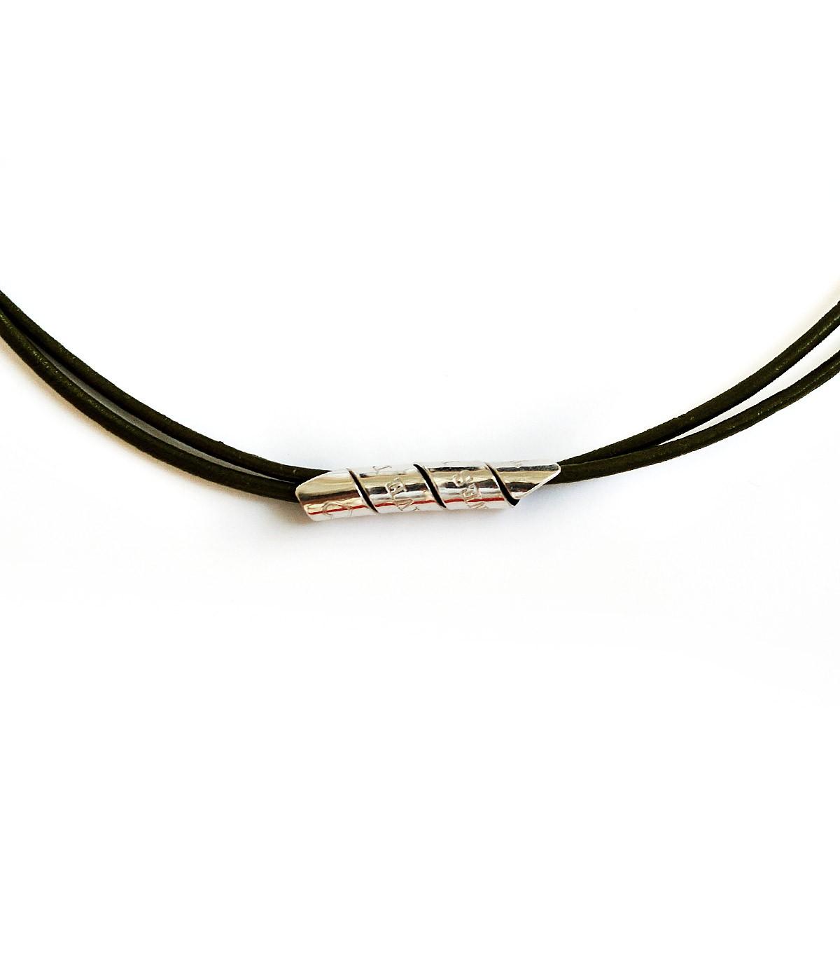 mejores zapatillas de deporte 0aaf1 971cf Collar de cuero y plata personalizado – Curly - Joyas de moda para hombre -  Platelia