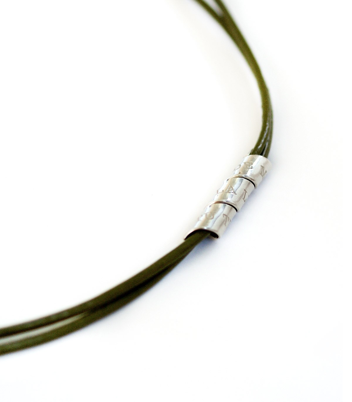 e4116ae6c599 Collar de cuero y plata personalizado – Curly - Joyas de moda para ...