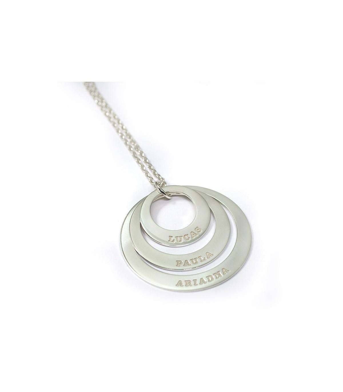 e4db4fce79eb collar personalizado de plata con nombres grabados